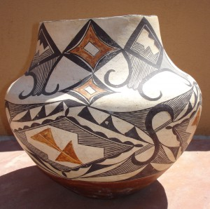CERAMIC POLYCHROME JAR, GEOMETRIC DESIGN, LAGUNA PUEBLO, NEW MEXICO