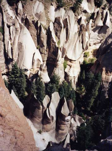 Cathedrals Canyon - Photo 10