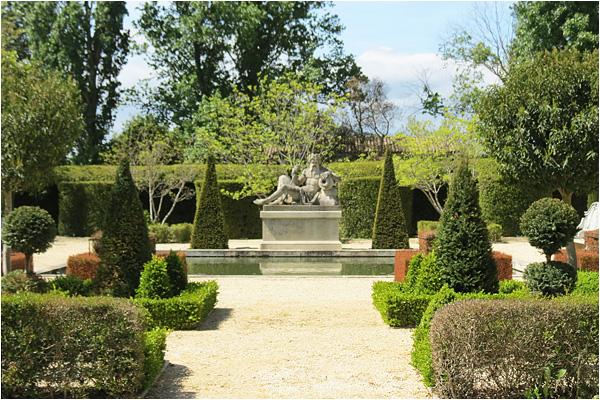 domaine-mirmande-garden2