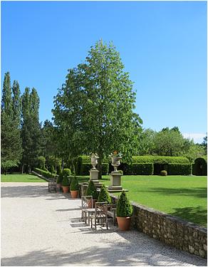 domaine-mirmande-garden3